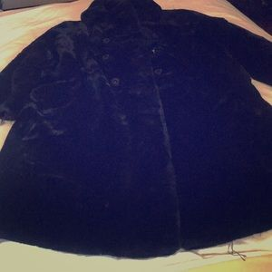 Jackets & Blazers - Borgazia , beautiful black fur coat .
